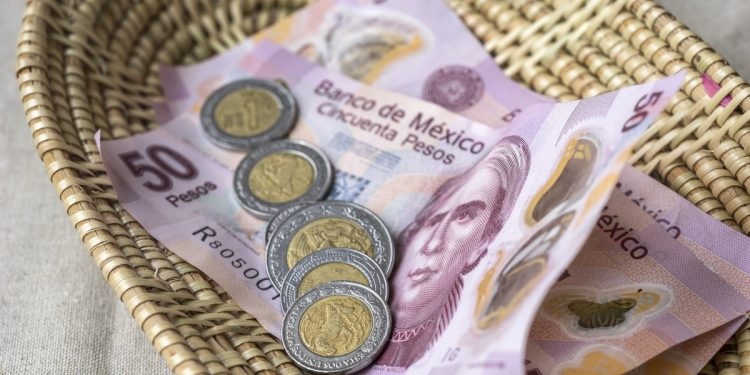 How Much to Tip in Mexico